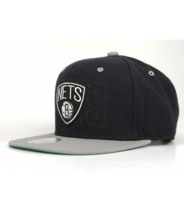 MITCHELL & NESS Snapback Brooklyn NETS Noir / Gris Outer