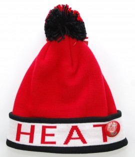 MITCHELL & NESS Bonnet Pompon MIAMI HEAT Rouge - Noir Block Cuff NBA avec Pin's