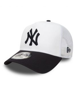 Casquette à filet New York Yankees ESSENTIAL TRUCK