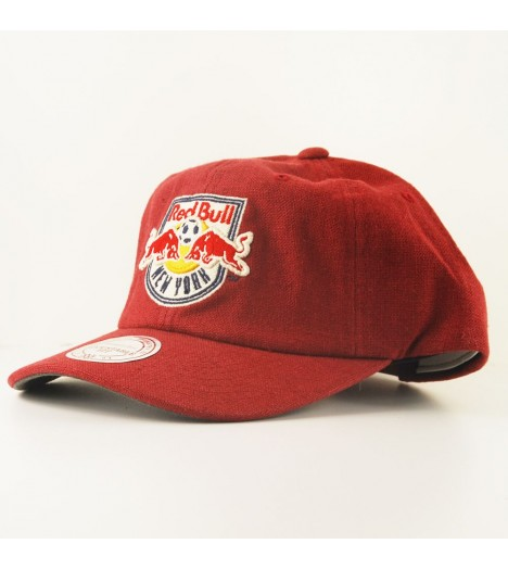 casquette courb e mitchell ness new york red bull mls rouge linen. Black Bedroom Furniture Sets. Home Design Ideas